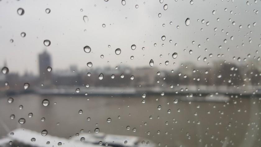 london eye raindrops