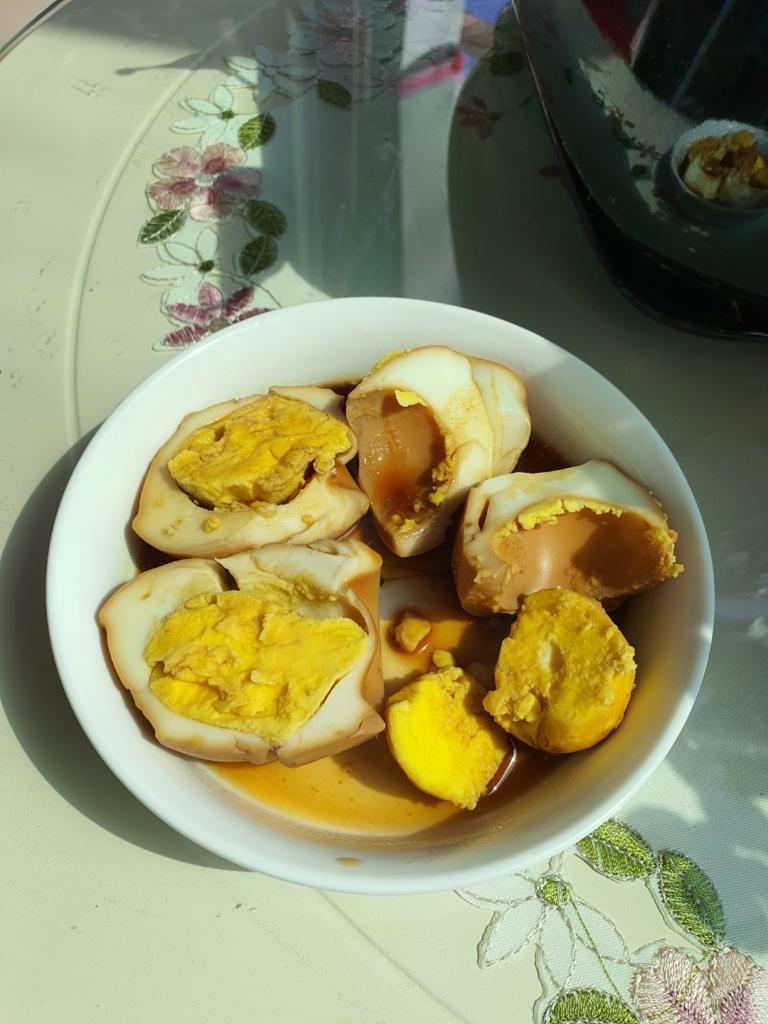 korean soy sauce eggs halves